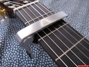 guitare_capo2